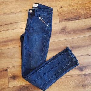 Hudson girls size 10 dark wash Jean zippers studs
